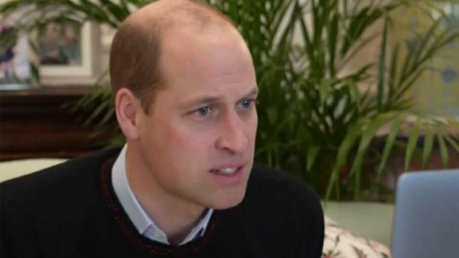 Príncipe William ainda não falou com Harry após entrevista