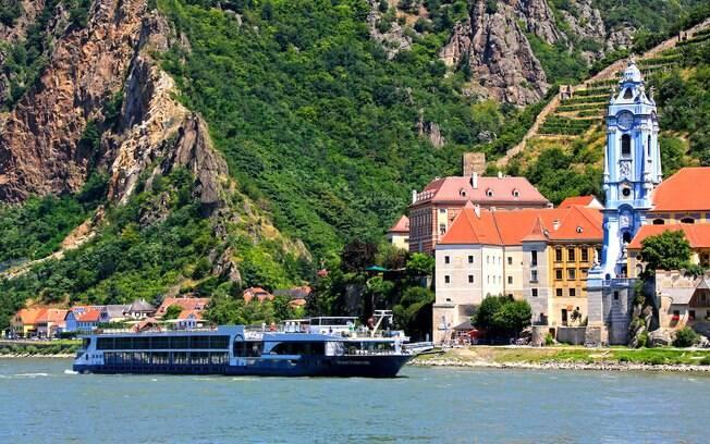 A maioria dos cruzeiros fluviais acontecem em rios da Europa, mas também é possível encontrar opções de rotas no Brasil