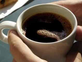 Muito estranho. O café torrado e moído pode conter até 60 fragmentos de insetos por 25 gramas