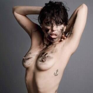 Lady Gaga novamente: revista V