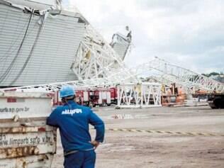 A segurança nas obras do estádio Itaquerão tem sido um problema desde um acidente que matou dois operários em novembro do ano passado