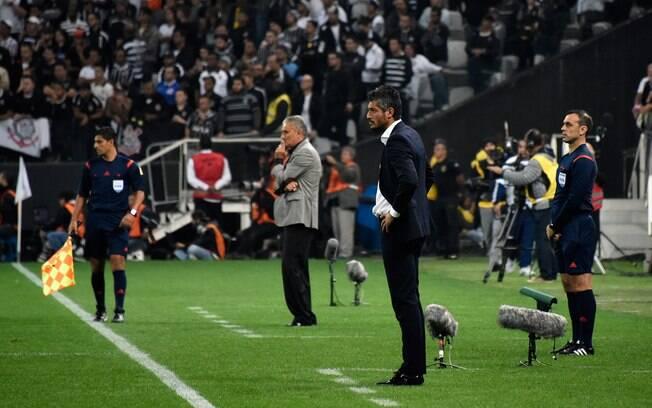 Nacional-URU tirou o Corinthians em 2016