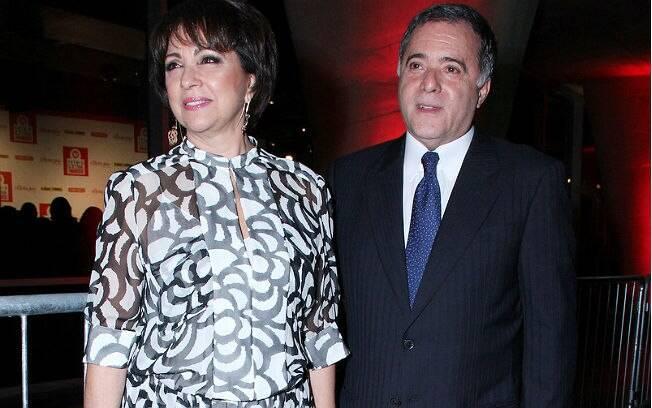 Tony Ramos e a mulher Lidiane em premiação de TV que homenageou o ator