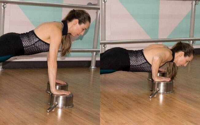 Para trabalhar braços a flexão é um ótimo exercício. Aqui, as panelas servem de apoio tanto para facilitar quanto para dificultar o exercício. Ao elevar as mãos, fica um pouco mais simples fazer a flexão. Entretanto, assim é possível abaixar mais o corpo, trabalhando mais os músculos. Foto: Dani Carreira