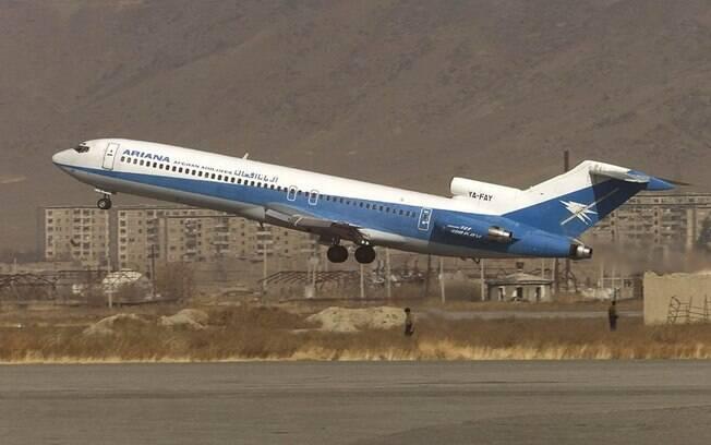 Avião caiu na manhã desta segunda-feira em região da província de Gázni, no Afeganistão