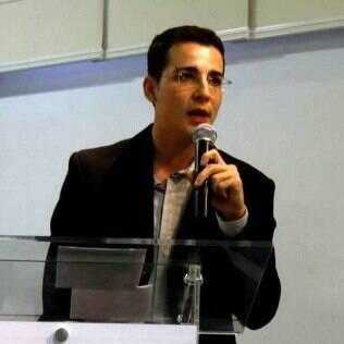 Coordenador de politicas LGBT Alessandro Melchior