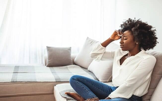 Sofre com enxaqueca? Conheça mais sobre o tratamento com acupuntura