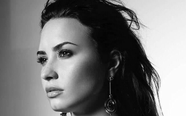 Demi Lovato é uma das celebridades envolvidas com drogas, e teve uma overdose de heroína recentemente