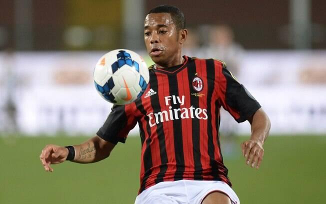 Robinho em ação pelo Milan