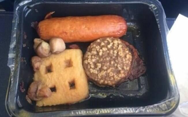 Um café da manhã irlandês de 10 euros causou enjoo num passageiro da Ryanair