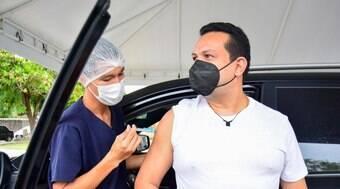 Manaus começa a vacinar maiores de 18 anos com comorbidades
