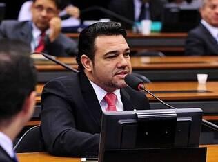 Durante escolha do novo presidente da Comissão dos Direitos Humanos, Feliciano reclamou que sofreu preconceito no cargo