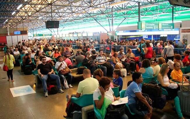 Rodoviária da Barra Funda, Tietê e Jabaquara, em São Paulo, esperam movimentar 1,55 milhão de passageiros neste fim de ano