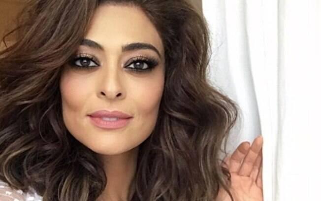 Maquiagem que a atriz usou durante uma sessão de fotos no mês de maio chamou atenção pelo foco nos olhos de Juliana