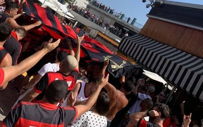 Torcida do Flamengo em Lima