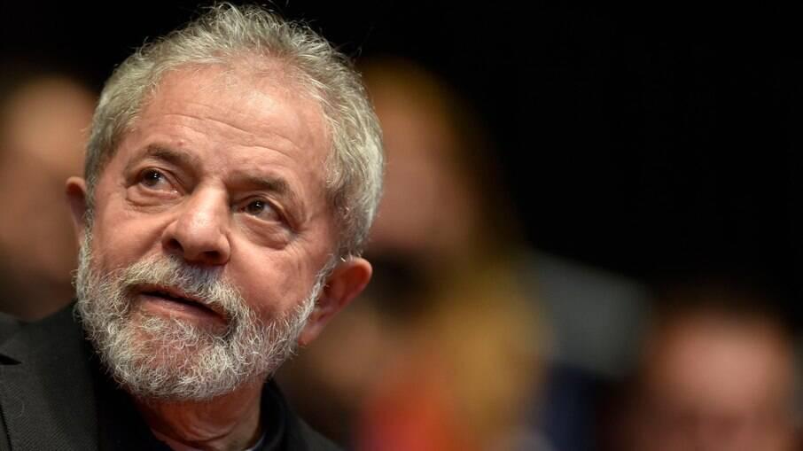 Não é hora de cantar vitória, diz Lula sobre decisão favorável no STF