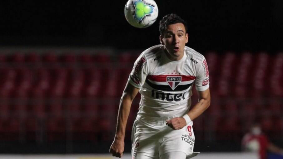 São Paulo empatou em 1 a 1 com o Ceará na noite de ontem