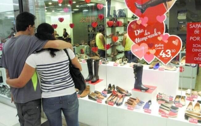 Apesar de positivo, aumento de 2,5%  nas vendas do Dia dos Namorados sequer repõe a perda do último ano