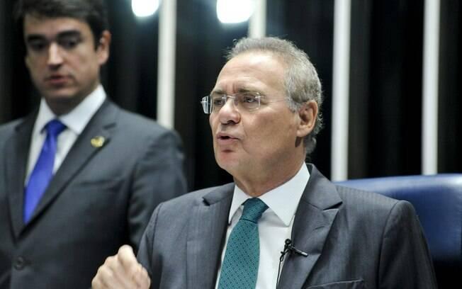 O presidente do Senado Renan Calheiros (PMDB-AL) dá início à sessão deliberativa extraordinária que vota a admissibilidade do processo de afastamento da presidente Dilma Rouseff. Foto: Geraldo Magela/Agência Senado - 11.05.2016