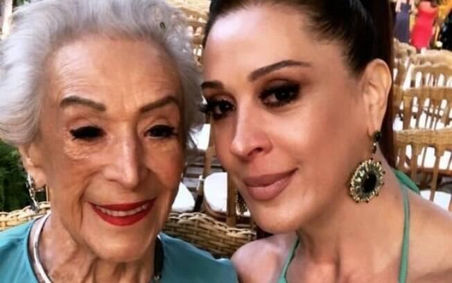 Claudia Raia e a mãe, Odette, que faleceu nesta quarta-feira (20) aos 95 anos de idade