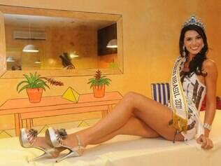 Juceila Bueno, Miss Mundo Brasil 2011, revela seus segredos de beleza: nada de doces e muita malhação