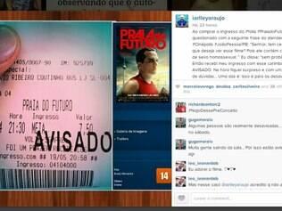 Segundo Iarlley Araujo, responsável pela publicação, o carimbo foi feito após um dos funcionários da sala de cinema alertá-lo sobre as cenas de sexo homossexual