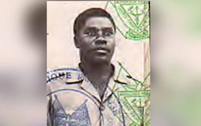 Comandante de milícia Hutu%2C Sylvestre Mudacumura