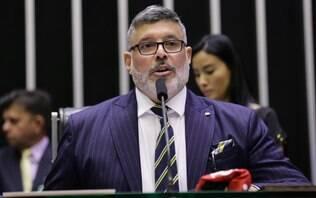 """Frota """"insinua"""" que recebe fotos dele nu enviadas por Bolsonaro"""