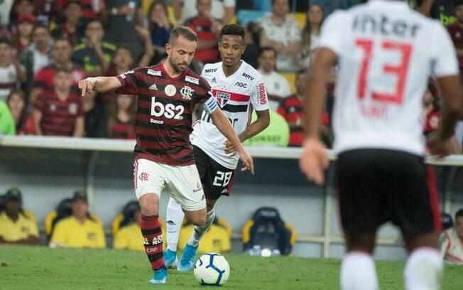 Flamengo encara Athletico pela Copa do Brasil