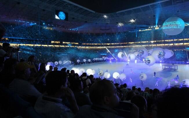Veja fotos da festa e do jogo de inauguração da Arena do Grêmio ... 62ae4d3cb9d31