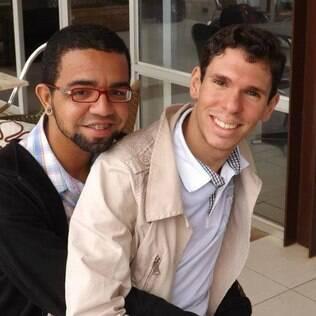 Um sobrinho colocou o casal Júnior Miranda e Daniel Góes numa saia justa