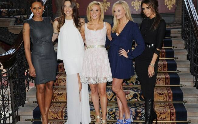 Melanie Brown, Melanie Chisholm, Geri Halliwell, Emma Bunton e Victoria Beckham