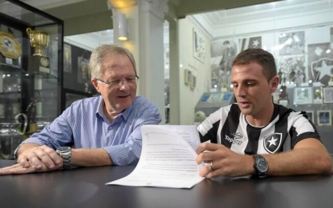 Montillo assinou contrato com o Botafogo
