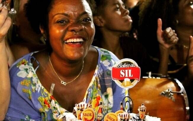 Silvana Regina Inácio fez uma festa em casa para 100 amigos e familiares com o tema