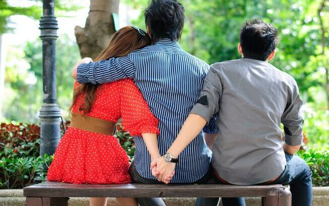 Traição e amor podem não ter nenhuma relação, segundo mulheres que confirmam já ter tido um caso extraconjugal