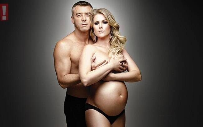 Pregnant, Ana Hickmann posed with her husband, Alexandre Corrêa