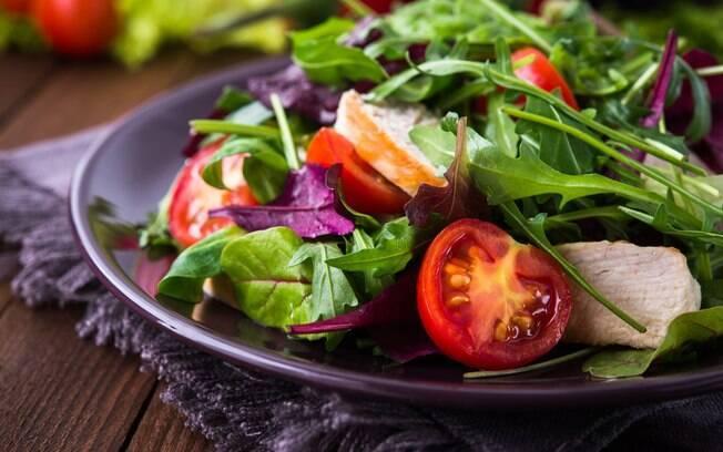 azeite na salada