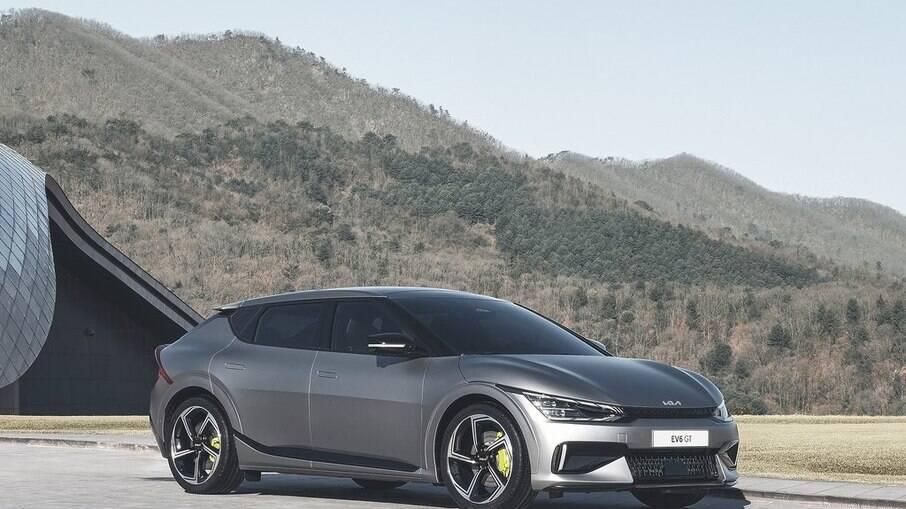 Kia EV6: novo elétrico da marca coreana conta com apelo esportivo e com aceleração de supercarro na versão GT
