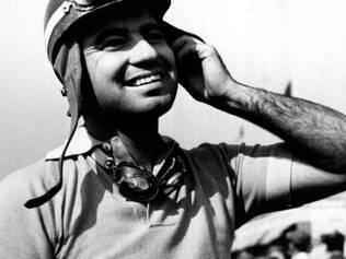 Onofre Marimón – O argentino, ex-piloto da Maserati, ficou conhecido por ser a primeira vítima fatal da F1. Em 1954, durante os treinos do GP da Alemanha, no circuito de Nurburgring, Marimón perdeu o controle do carro, passou pelas árvores e caiu de um barranco. O piloto não resistiu aos ferimentos e morreu ainda no carro