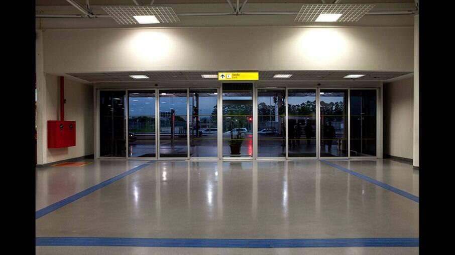 Passageiros vindos dos três países voltam a ter autorização para entrar no Brasil