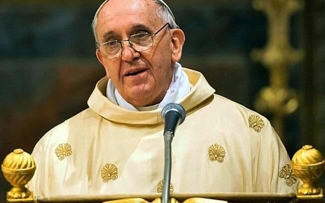 Papa Francisco voltou a pedir união de líderes mundiais contra o novo coronavírus