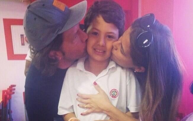 Nivea Stelmann comemora o aniversário do filho com Mario Frias