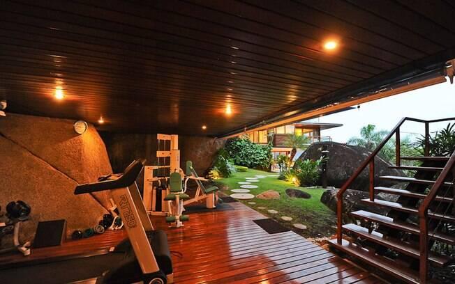 Conhe a as casas de praia mais caras venda do brasil com rcio e servi os ig - Minibar da casa ...