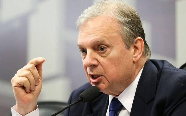 Parecer sobre a questão foi feito pelo senador Tasso Jereissati (PSDB-CE)