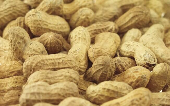 Nos EUA e Reino Unido, 20 mil bebês por ano recebem diagnóstico de alergia amendoim