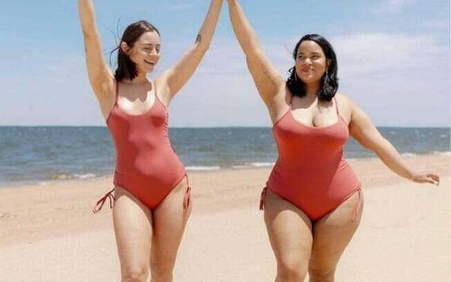mulheres de maio na praia