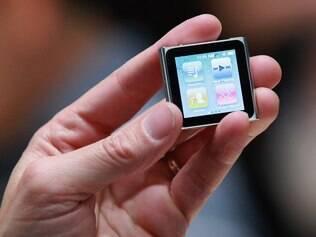 iPod Nano foi modelo escolhido para ser usado como relógio por tatuador