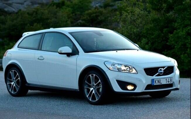 Volvo C30 tem a mecânica mais simples entre os carros usados de luxo. É compartilhada com o Ford Focus de sua época