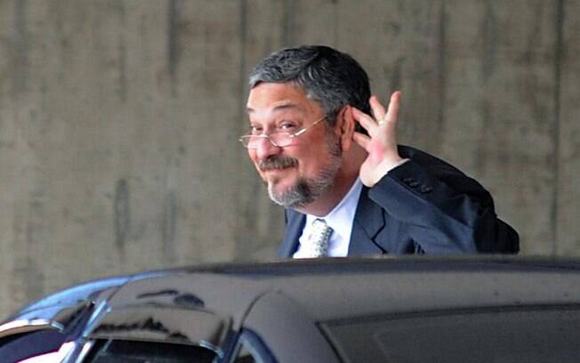 Preso na Lava Jato, ex-ministro Antonio Palocci foi indiciado por corrupção e lavagem de dinheiro