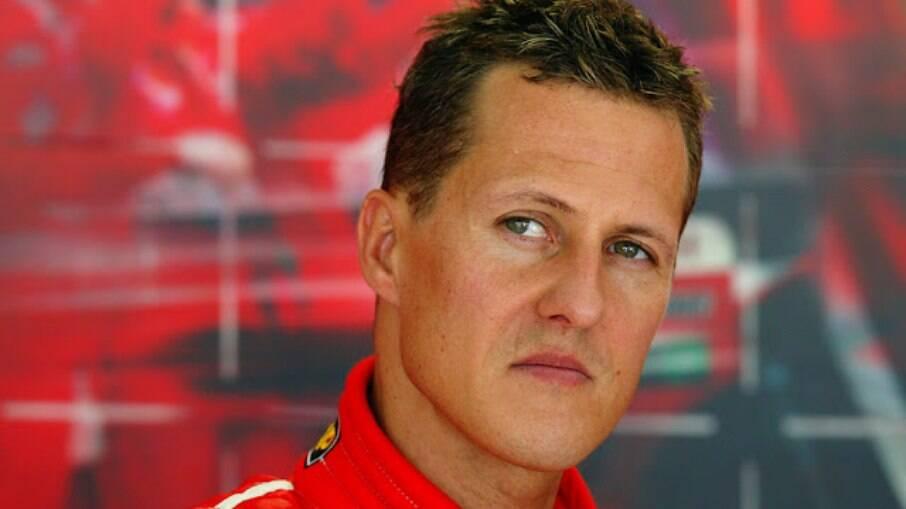Michael Schumacher se acidentou em 2013 e desde então nunca mais apareceu em público